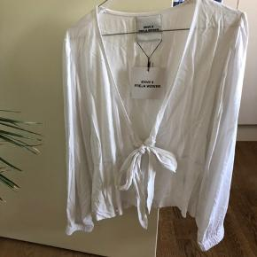 Fed skjorte/bluse fra Freja Wewer x envii, aldrig brugt!