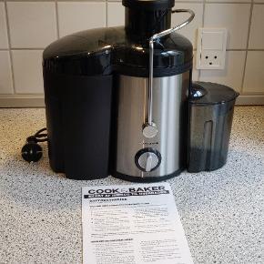 Saftcentrifuge/Juicer Den er brugt meget lidt. Nypris: 400 kr.