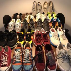 Sælger lidt ud. Der er blandet størrelser imellem. Fra 41-42 2/3. Skriv for specifik størrelser på de forskellige sko eller flere billeder osv.