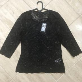 Helt ny blonde bluse i sort ( fejlkøb ) str 38.