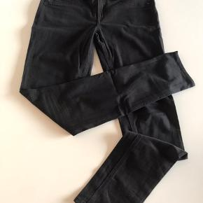 Str 29, de populære leggings fra rag&bone jeans, super bløde og flot pasform. Købt i oz på Østerbro.