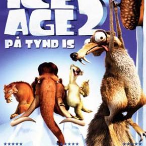 0247 - Ice Age 2: På tynd is (DVD)  Dansk Tale - I FOLIE    Ice Age 2: På tynd is Manfred, Sid og Diego vender tilbage i endnu et fantastisk eventyr. Istiden er ved at være forbi. Alle dyrene elsker den nye verden – et smeltende paradis fyldt med springvand, gejsere, vandhuller og mudderbade. Men da Manfred, Sid og Diego pludselig bliver klar over, at al den smeltede is med tiden vil oversvømme deres dal, bliver de nødt til at advare alle. Samtidig må de på en eller anden måde finde ud af, hvordan de slipper væk fra den oversvømmelse, der truer lige om hjørnet.  Manfred får i Ice Age 2 bekendtskab med den skønne og sjove hun-mammut, Ellie. Problemet er bare, at Ellie er vokset op sammen med de to legesyge og eventyrlystne pungrotter, Crash og Eddie, og tror derfor, at hun også er en pungrotte. Med os er naturligvis også alles yndlings-agernsamler – den altid uheldige og aldrig opgivende Scrat. Han er stadig på jagt efter de eksklusive agern. Men denne gang kæmper han gennem mængder af vand og mudderpøle. Se frem til at opleve Scrat i en endnu større og heltemodig rolle i Ice Age 2.  Tekst fra pressemateriale Specielt om denne udgivelse: Audio: Engelsk DD5.1 / Dansk DD5.1 / Norsk DD5.1 Undertekster: Engelsk, dansk, norsk Special features: Kommentarspor med instruktøren Carlos Saldanha Kommentarspor med producer Lori Forte + production team Smugkig på Simpsons