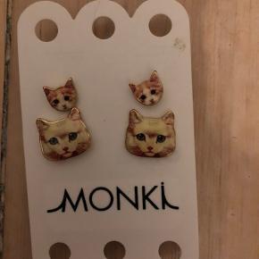 Monki ørering