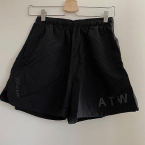 Newline Halo shorts