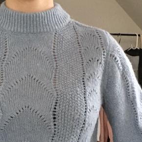 Fin sweater fra H&M 💙