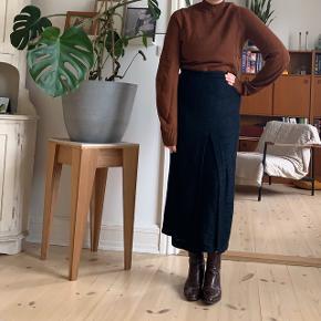 Cos rust coloured sweater 🐻🐻🐻