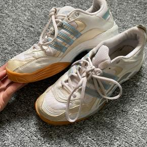 Fine retro Adidas håndbold sko