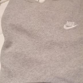 Nike sweatshirt  Str L