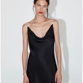 Helt ny flot by kjole!