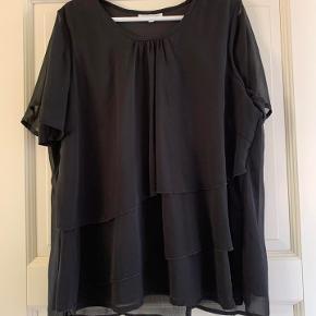 Zhenzi bluse str M (46) i sort