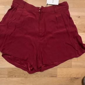 Gestuz Shorts