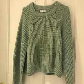 Blågrøn sweater/striktrøje fra Envii. Brugt meget få gange.