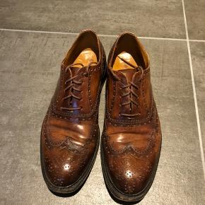 Lækre håndsyede italienske sko. Lædersål