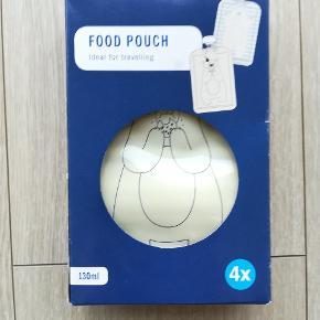"""""""Foodpouch"""" - genanvendelig madpose til mos, grød eller andet som kan tages med på farten.  I original og ubrugt emballage."""