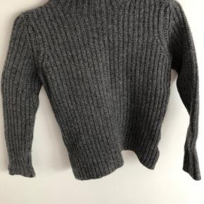Fin sweater fra Marie Lund Copenhagen. Str. S men passer en lille str. XS  Byd
