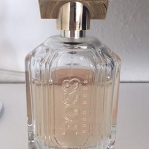 Hugo boss the scent 100 ml Brugt max 10 ml Pris fra ny 900kr Pris er fast