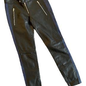 SET bukser
