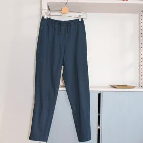 Ben længde: 95 cm Længde fra skrid: 68 cm  Kan sendes eller afhentes på Christianshavn✨