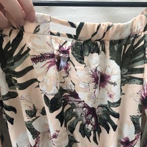 Amisu buksedragt