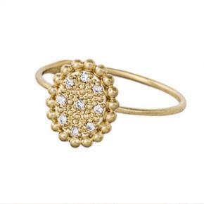 Varetype: Diamantring Størrelse: 52 Farve: Guld Oprindelig købspris: 4000 kr.  10 karat ring med diamanter Ved handel over ts betaler køber gebyr :)