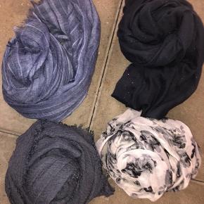 Nye tørklæder 50kr stk