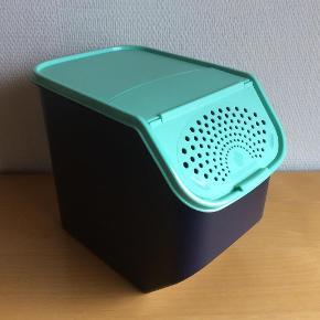 Varetype: PotatoSmart Størrelse: 8/3 L Farve: Blå/Mint Oprindelig købspris: 349 kr.  null
