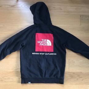 Lækker hoodie fra The North Face