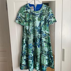 Baum und Pferdgarten kjole