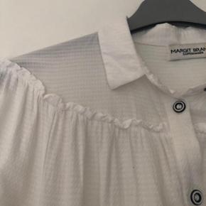 Margit Brandt Copenhagen lækker blød råhvid skjortebluse str S.