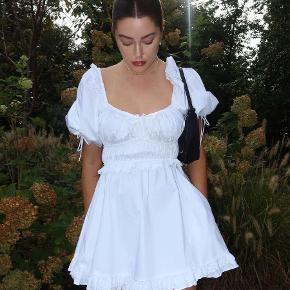 For Love & Lemons kjole