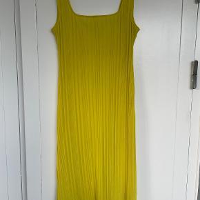 H&M Conscious Exclusive kjole