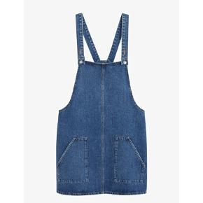 Super fin jeans Spencer i str 46/48. Den har kun været brugt 2 gange og er som ny. Købt på Zalando til 449kr. Smart med lommer.
