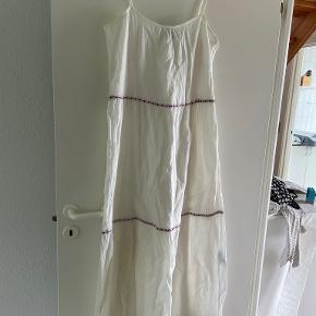 Esmara kjole