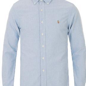 Pæn Ralph Lauren skjorte. Er brugt få gange, men er stadig i god stand.   Ny pris: 800