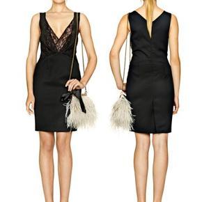 Smukke Style Aziza fra By Malene Birger - den lille sorte Festkjole - Så smuk en kjole  Bytter ikke   #Partykjole #denlillesorte #festkjole #elegantkjole