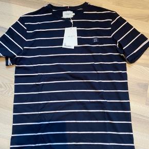 Les deux t-shirt. Str XL. Ny og ikke brugt.