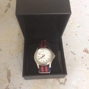 Carhartt ur i original æske. Det skal lige have nye batterier
