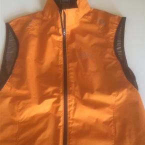 Brand: Core Varetype: Fine Størrelse: Medium Farve: Orange