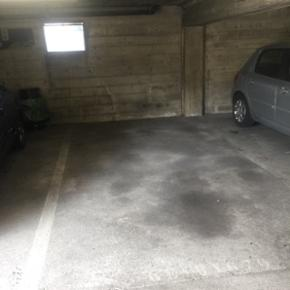 1 underground Parking place to rent CHF 150.00 per month. To be paid 3 months in advance. Lully route de Soral 117b