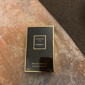 Sælger min Coco noir Chanel, den er stadigvæk i indpakning. BYD :)