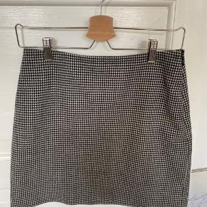Fin nederdel i 98%uld   #trendsalesfund