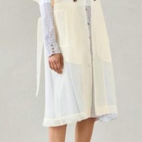 Skøn kjole som kan bruges på mange måder