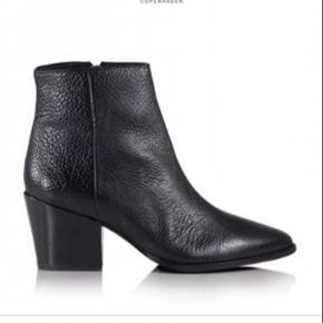 BB støvler købt sidste år, brugt max 10 gange, se foto, stand ligger imellem god brugt & næsten ny😀