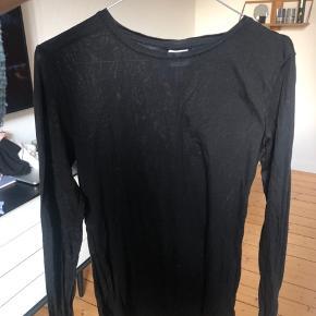 Blød bluse fra H&M i str. S  Køber betaler fragt - bytter ikke 😊