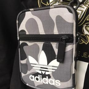 Adidas Originals Skuldertaske