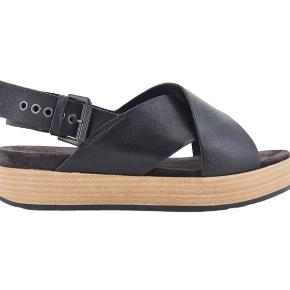 Lækre sandaler, ikke meget brugt. Nypris 1000kr