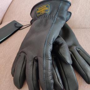 Neighborhood Deer Glove Aldrig brugt Passer størrelse M/L