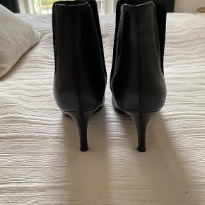 - støvler i læder - hæl 8 cm