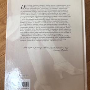 "Aldrig brugt. ""Vintage sko"" af Caroline Cox. Coffee table book."