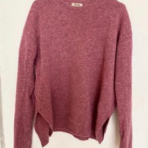 Acne sweater/strik Brugt men pæn